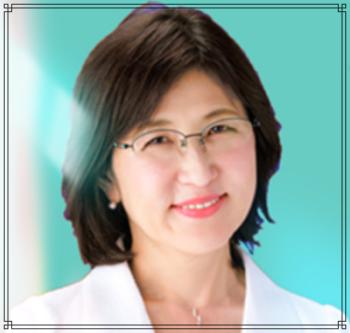 稲田朋美さんのメガネのフレームの遍歴